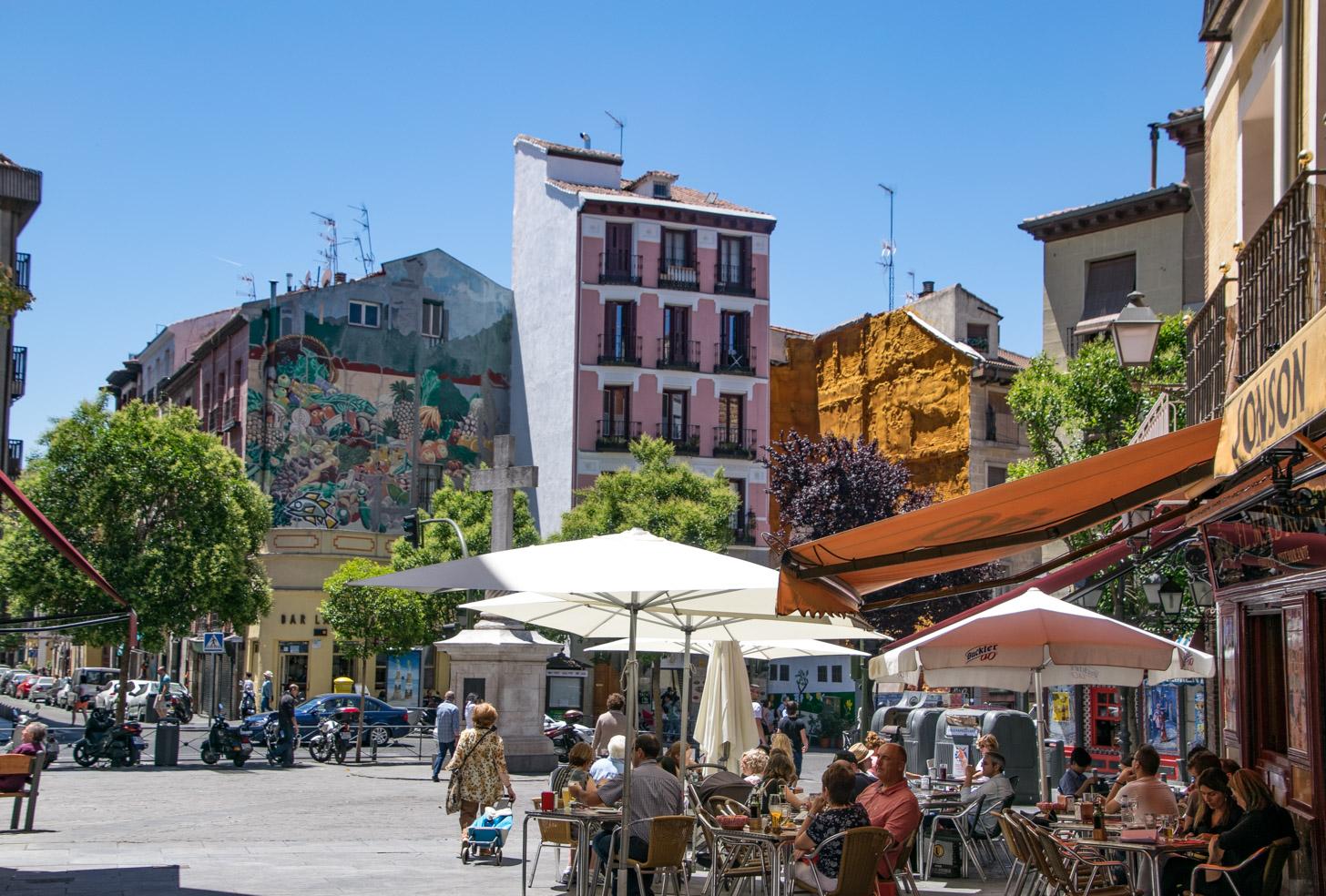 Heerlijk op een terrasje in Madrid