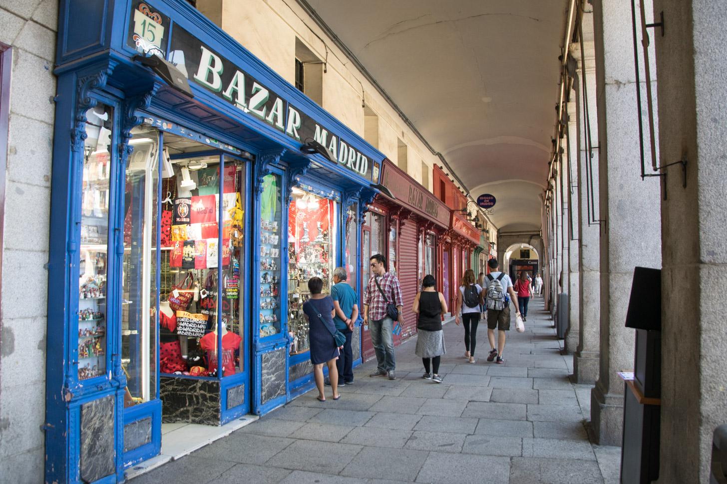 In Madrid kun je heerlijk winkelen.